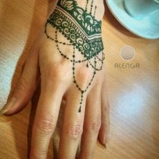 Alenga hennafestés