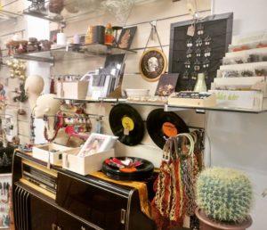 Ficak Budapest kézműves és retro ajándékbol belső