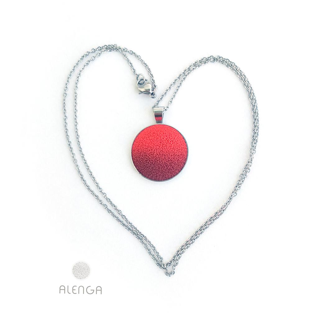 piros-bordó nyaklánc