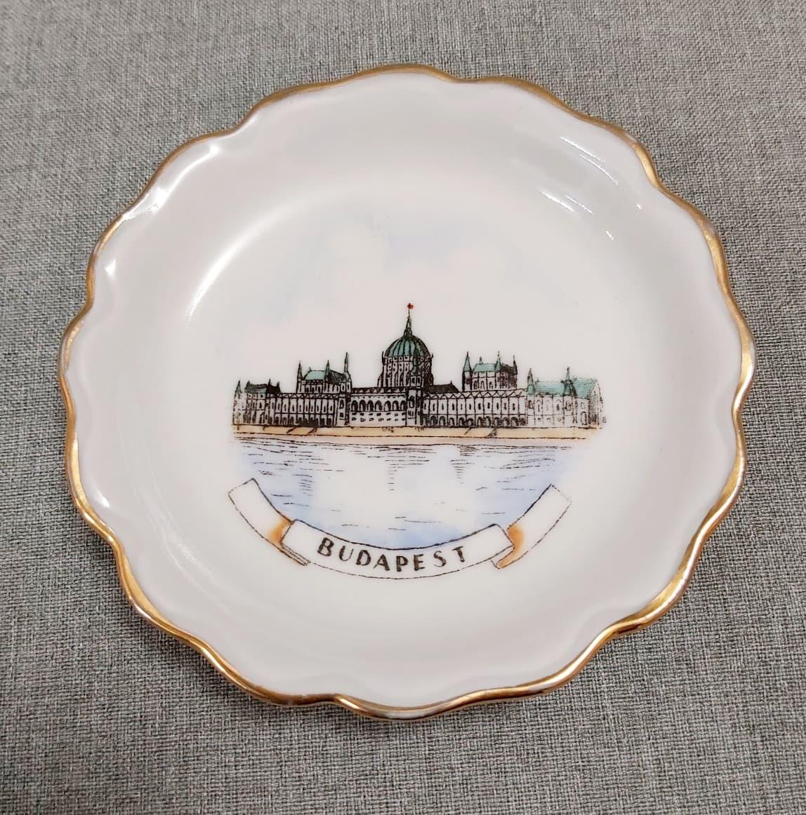 Budapest Parlament retro szuvenír tálka