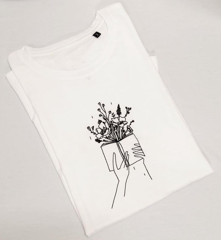 Könyv virág (bookworm) póló fehér