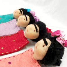 Frida Kahlo gyapjú Waldorf könyvjelző többféle