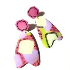 Pink-fehér epoxy fülbevaló