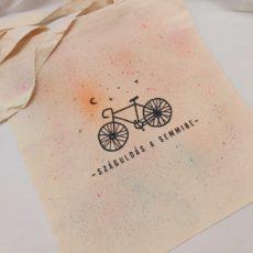 Száguldás a semmibe (kerékpár) táska